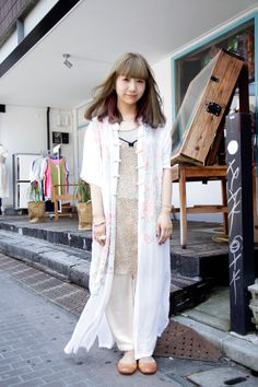 Area1:Harajuku,Tokyo(原宿,東京)  Name:小松原 華子  Age:24  Shirt:Santa Monica  Trousers:Santa Monica  Hair salon:boy