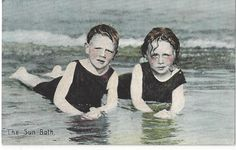 THE SUN BATH - CHILDREN IN THE SEA VINTAGE  POSTCARD | Collectables, Postcards, Greetings | eBay!