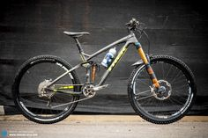 TREK SLASH 9.8 Carbon