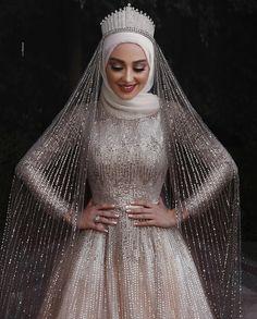 Sparkly Muslim long sleeve sequins Wedding Gown with cou. Sparkly Muslim long sleeve sequins Wedding Gown with cour train Tesettür Modelleri Hijabi Wedding, Muslimah Wedding Dress, Muslim Wedding Dresses, Bridal Dresses, Bridesmaid Dresses, Muslim Brides, Muslim Women, Wedding Bridesmaids, Wedding Abaya