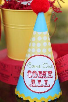 Circus Party Hats #SocialCircus