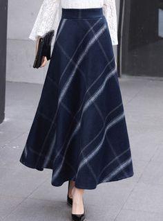Stylish high waist plaid a line skirt fashion # Schönes Rock-Outfit Long Skirt Fashion, Long Skirt Outfits, Winter Skirt Outfit, Long Skirt Hijab, Long Plaid Skirt, Winter Outfits, Spring Outfits, Modest Dresses, Modest Outfits