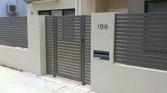 Aluminium Gates Suncoast Coast, Brisbane and Gold Coast House Gate Design, Door Gate Design, Fence Design, Wall Design, Aluminium Gates, Wooden Screen, Modern Fence, Modern Gates, Front Fence