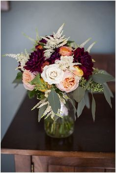 Outdoor Colorado Wedding burgundy, white and peach bouquet // Photography: Katie Keighin Photography Flowers: Sugar n Stemsburgundy, white and peach bouquet // Photography: Katie Keighin Photography Flowers: Sugar n Stems Peach Wedding Centerpieces, Flower Centerpieces, Wedding Decorations, Centerpiece Ideas, Burgundy Floral Centerpieces, Burgundy Decor, Fall Wedding Table Decor, Stage Decorations, Fall Wedding Flowers