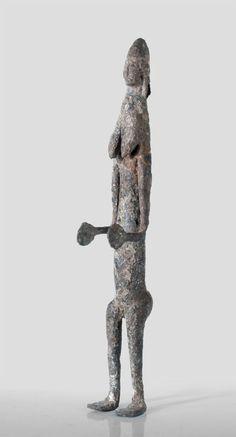 A Bamana Gwandusu forged of iron