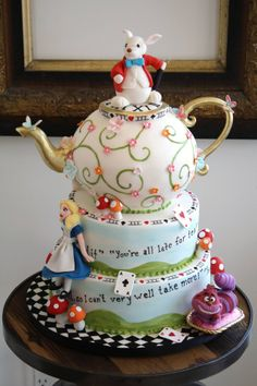 Bobbette and Belle, Alice in Wonderland Cake. & Happiness Kittiyachavalit Brave, Alice in Wonderland party? Pretty Cakes, Cute Cakes, Beautiful Cakes, Amazing Cakes, Take The Cake, Love Cake, Cake Cookies, Cupcake Cakes, Super Torte