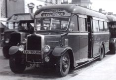 Southdown Bus Photo Photograph Of A Leyland Tiger Cub Picture On An Excursion