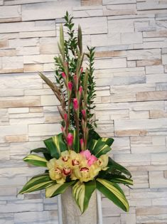 Faux orchid and tropicals Orchid Centerpieces, Orchid Arrangements, Flower Arrangement, Artificial Orchids, May Designs, Church Design, Ikebana, Craft Projects, Tropical