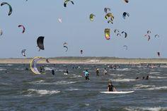 Kitesurfen Brouwersdam Druk! Zeeland Kant Noordzee Bedandbreakfastbrouwershaven.nl