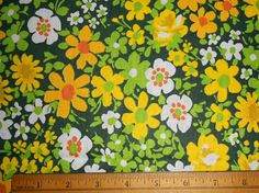 1970s Daisies in a Green Field Fabric by MsGreenJeansThings