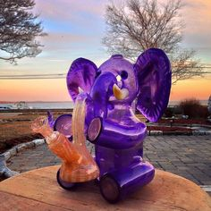 """ ""JD Maplesden "" "" Source by galebartko Glass Pipes And Bongs, Glass Bongs, Ganja, Arte Dope, Weed Bong, My Bebe, Stoner Art, Weed Art, Pipes And Bongs"