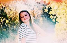 Emily iris Photography is based out of Anacortes WA🌱 check out the insta: @emilyirisphotography or facebook page!