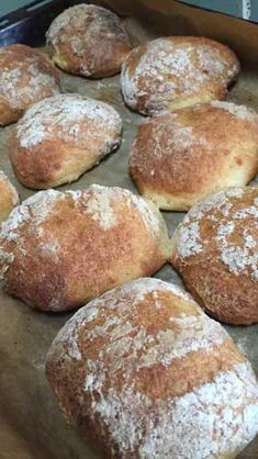 luftige glutenfri italienske boller Gluten Free Buns, Gluten Free Recipes, Vegan Recipes, Vegan Food, Healthy Food, Baby Food Recipes, Bread Recipes, New Recipes, B Food