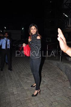 A Graceful Shilpa Shetty and Raj Kundra Spotted at a Multiplex | PINKVILLA