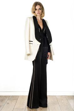 Rachel Zoe Resort 2016 Fashion Show 2016 Fashion Trends, Runway Fashion, High Fashion, Fashion Show, Fashion Design, Women's Fashion, Fashion Ideas, Rachel Zoe, Foto Real