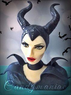 Maleficent cake topper - Cake by Mania M. - CandymaniaC