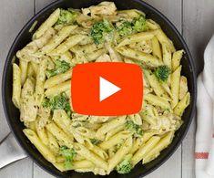 Pasta met broccoli en kip in roomsaus Pasta Met Broccoli, Broccoli Pesto, Pesto Pasta, Cream Sauce Pasta, Healthy Snacks, Healthy Recipes, Green Bean Recipes, Happy Foods, Pasta Recipes