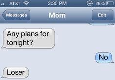Hilarious mom texts that prove we should probably let our parents keep their phones (so we can screenshot their ridiculousness). Funny Mom Texts, Funny Texts From Parents, Funny Texts Crush, Funny Text Fails, Funny Text Messages, Mom Funny, Lol, Message Mom, Funny Quotes