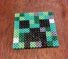 Minecraft Creeper Coaster hama beads byr Harribeads