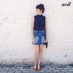 Regata de gola + saia de botão e sandalia de bronze amei ✨ #lojaamei #azul #saiajeans #saiadebotao #sandalia #bronze