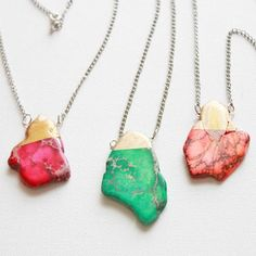 These beautiful gold dipped necklaces are so easy to create!