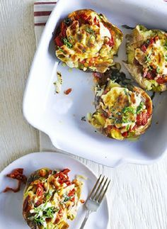 Low FODMAP Recipe and Gluten Free Recipe - Pizza baked potato   http://www.ibssano.com/low_fodmap_recipe_pizza_baked_potato.html