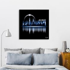 Discover «Graphic Art | A Dream of New York City in blue», Exclusive Edition Canvas Print by Melanie Viola - From 55€ - Curioos #wallart #modern #trendy #poster #canvas #exclusive #NewYorkCity #NewYork #skyline #Manhattan #fantasy #digitalart #urban #black #blue