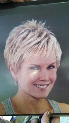 Short Hairstyles For Fine Hair Short Grey Hair, Short Hair With Layers, Short Hair Cuts For Women, Layered Hair, Cute Hairstyles For Short Hair, Pixie Hairstyles, Short Hair Styles, Pixie Haircuts, Edgy Short Haircuts