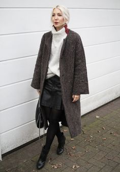Ganni, Knit, Strick, Turtleneck, Weekday, Coat, Skirt, Oasis, fake leather, By Blanch, Stella McCartney, Lipstick, Red, ootd, lotd, Look, Lookbook, Outfit, Streetstyle, Winter, Fashion, Blog, stryleTZ