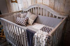 6 Pieces Gender-Neutral Baby Bedding (Grey Patchwork)