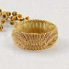 Finn unike vintage og antikke ringer for jenter og kvinner fra Norge største samling av antikke ringer på billige og uslåelige priser.Moteriktige smykker og smykketilbehør