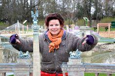 War and Peace...These are the sculpture's name seriously:)/  Nemeth Hajnal Aurora Artist Ma ·  Engedélyezve az Idővonalon  Háború és Béke.De tényleg ez a nevük:) Mini Magyarország Makettpark Szarvas/Mini Hungary Modelpark Minion, Hungary, Miniatures, Portraits, Head Shots, Minions, Portrait Photography, Minis, Portrait Paintings