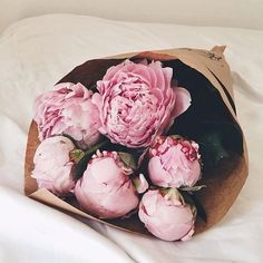 Love a good bunch of peonies. @thecoveteur