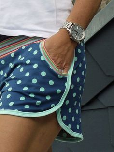 For this reason, I am of course not enough with a pair of shorts. After i … - Women Shorts Shorts Outfits Women, Short Outfits, Gym Shorts Womens, Diy Shorts, Pajama Shorts, Couture, Running Shorts, Sewing Clothes, Short Girls