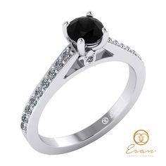 Inel din aur alb cu diamant negru si diamante ES89