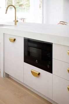 That's the Electrolux integrated dishwasher hidden to the left of the built-in microwave. Built In Microwave, Microwave Oven, Kitchen Colors, Kitchen Design, Pantry Design, Cupboard Design, Three Birds Renovations, Classic Kitchen, Integrated Dishwasher