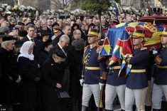 Honor guard soldiers carry the coffin of the late Romanian King Michael during the funeral ceremony Michael I Of Romania, Romanian Royal Family, Funeral Ceremony, Honor Guard, Central And Eastern Europe, Royal Engagement, Prince Of Wales, Prince Charles, King