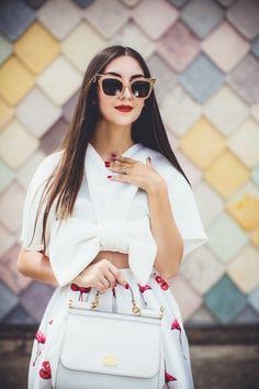 Galina Thomas  Modern Horn Rimmed Hot Tip Cat Eye Sunglasses A055 Day Out  Outfit b8e1a899098