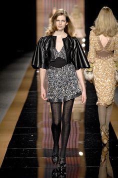 ☆ Bette Franke | Missoni | Fall/Winter 2007 ☆ #Bette_Franke #Missoni #Fall_Winter_2007 #Catwalk #Model #Fashion #Fashion_Show #Runway #Collection