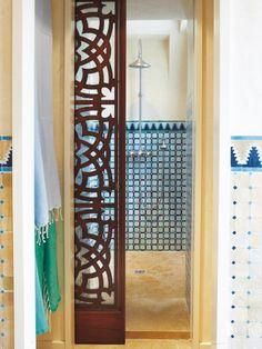 Une salle de bains à l\'orientale dédiée au bien-être | Oriental ...