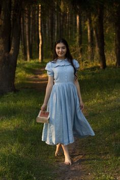 Sky Blue Linen Dress Romantic Dress Victorian Dress Ruffle Dress Classic Dress Elegant Dress E White Linen Dresses, Blue Dresses, Maxi Dresses, Casual Frocks, Edwardian Dress, Frock Design, Mid Length Skirts, Vestidos Vintage, Medieval Dress