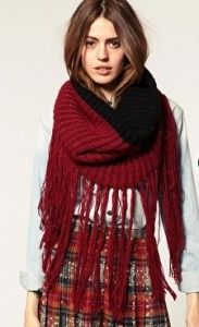 Fringed snood