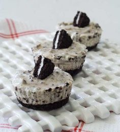 "No-bake ""Oreo"" Cheesecakes. The day I discovered Glutino chocolate sandwich cookies (or Kinitoos, they're both delicious) my desert world changed."