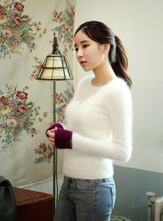 """kstylick: """"Color Blocked Long Sleeve Knit Pullover by Chuu """" Fluffy Sweater, Angora Sweater, Korean Outfits, White Sweaters, Pop Fashion, Fashion Design, Korean Fashion, Asian Girl, Wool"""