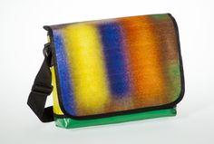 Messenger Bagy: blurry rainbow