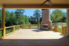 Outdoor living space - The Hembree