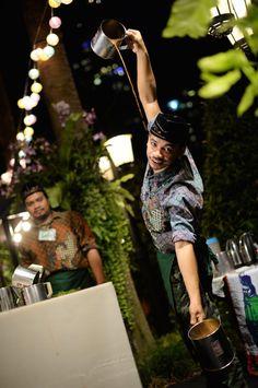 Every Thursday evening Salathip Thai restaurant at Shangri La Hotel, Bangkok brings Thai culture alive for a fun, foodie-focused market.