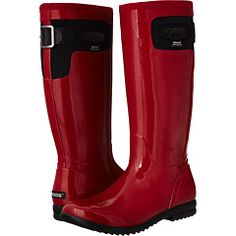 Bogs insulated red boots for the rain and cold weather Mud Boots, Shoe Boots, Red Shoes, Me Too Shoes, Rain Gear, Winter Gear, Cold Weather Outfits, Tall Women, Hunter Boots