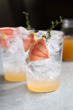 This sparkling grapefruit shrub mocktail combines fresh grapefruit, apple cider vinegar, and sparkling water for a refreshing anytime beverage. Fun Drinks, Yummy Drinks, Healthy Drinks, Beverages, Healthy Recipes, Drinks Alcohol Recipes, Cocktail Recipes, Drink Recipes, Cocktail List