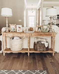 17 Models DIY Sofa Table To Decorating Behind Couch - fancydecors Home Living Room, Home, Farmhouse Sofa Table, Living Room Decor, Couch Decor, Sofa Table Decor, Table Behind Couch, Farmhouse Sofa, Diy Sofa Table